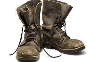 old-boots-19118784