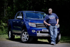 03.Mike and his truck